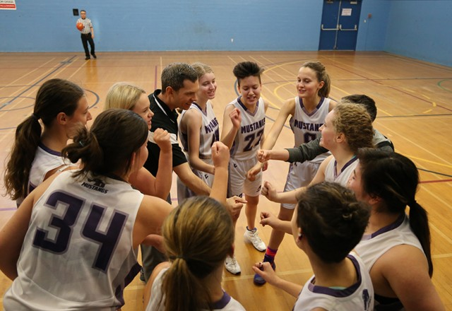 Sr Girls Basketball – Action packed hoops